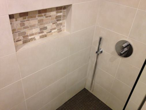 carrelage salle de bain qui fuit