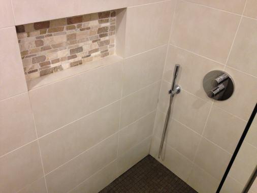 carrelage salle de bain qui fuit. Black Bedroom Furniture Sets. Home Design Ideas
