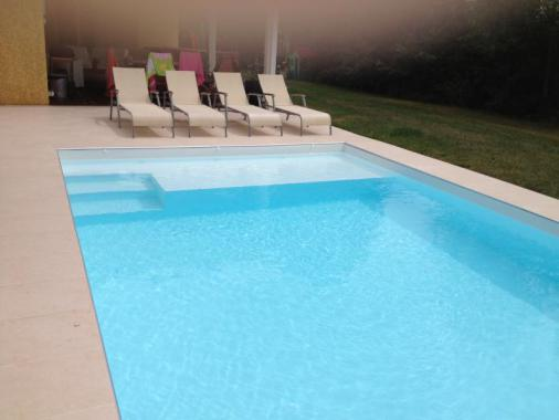 Sarl aqua blue europa piscine for Piscine pvc arme gris fonce